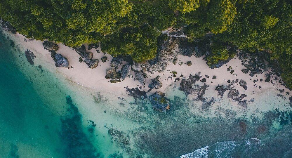 Ilha tropical (imagem referencial)