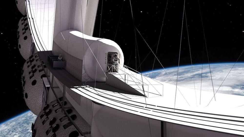 Turista astronauta dá um passeio pelo espaço