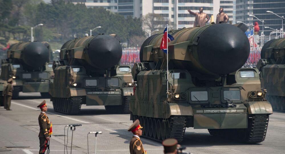 Parada militar na Coreia do Norte em 2017