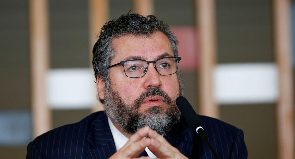 Ministro das Relações Exteriores, Ernesto Araújo, durante conferência de imprensa no Palácio do Itamaraty, Brasília, 2 de março de 2021