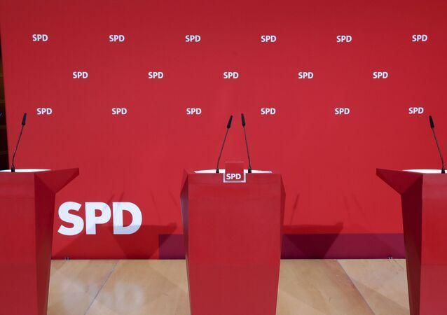 Momentos antes de coletiva de imprensa com membros do SPD alemão