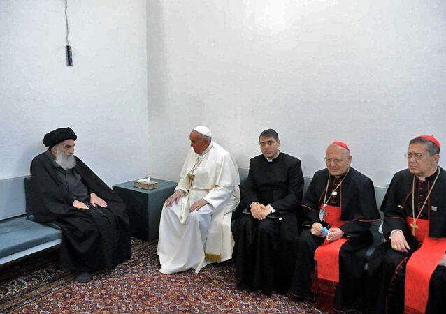 O encontro do papa Francisco e de sua delegação com o aiatolá Ali al-Sistani em Najaf, no Iraque