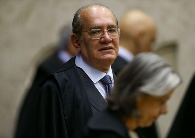 Ministro do Supremo Tribunal Federal (STF), Gilmar Mendes, e a ministra Cármen Lúcia durante sessão no plenário da Corte, Brasília (foto de arquivo)