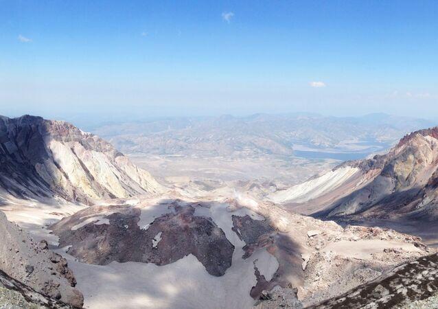 Cratera (imagem referencial)