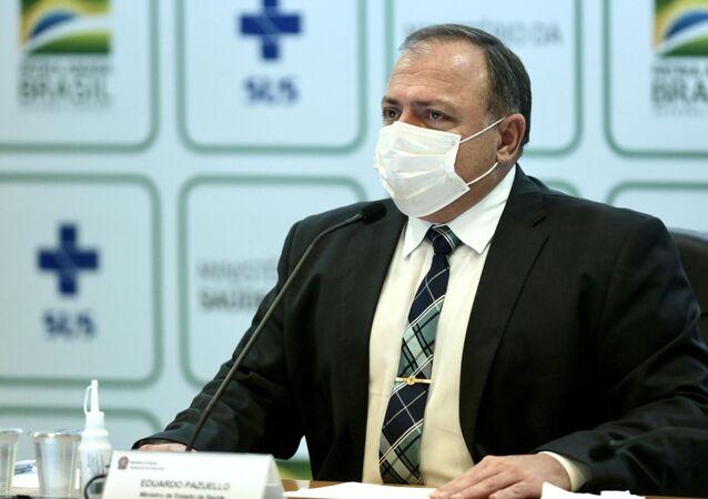 O ministro da Saúde, Eduardo Pazuello, concede entrevista coletiva em Brasília.