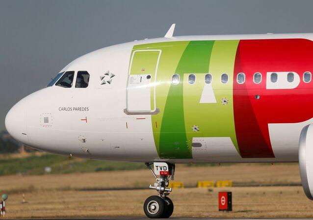 Avião da TAP no aeroporto de Lisboa, 17 de julho de 2020 (foto de arquivo)