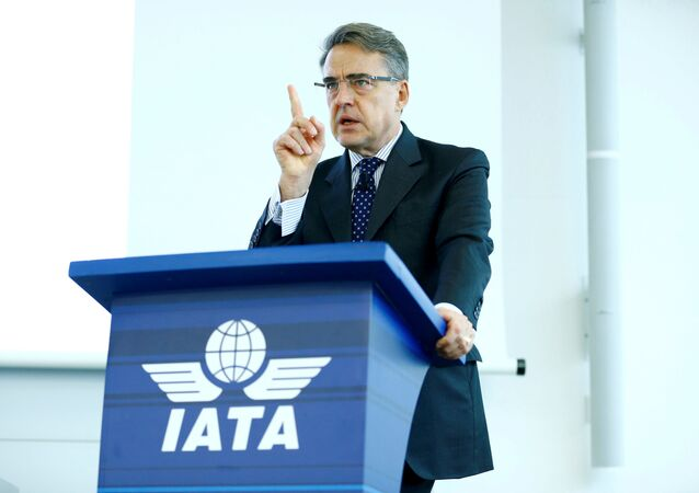 Diretor-geral e CEO da International Air Transport Association (IATA) Alexandre de Juniac fala durante o Global Media Day em Genebra, Suíça, 5 de dezembro de 2017.
