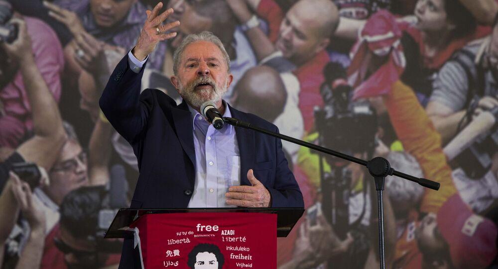 O ex-presidente Lula durante coletiva no Sindicato dos Metalúrgicos do ABC, em São Bernardo do Campo.
