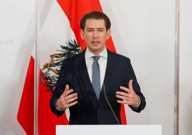 O chanceler da Áustria, Sebastian Kurz, em entrevista coletiva em Viena, na Áustria, em 16 de março de 2021.