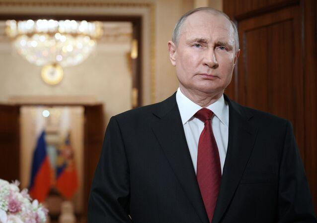 Presidente da Rússia, Vladimir Putin, discursa no Dia Internacional da Mulher, em Moscou, Rússia, 8 de março de 2021