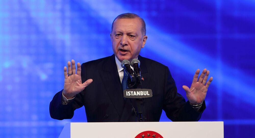 Presidente da Turquia, Recep Tayyip Erdogan, durante o anúncio de novo pacote de reformas econômicas, Istanbul, Turquia, 12 de março de 2021