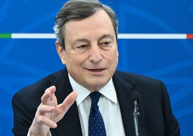 O primeiro-ministro italiano Mario Draghi, durante entrevista coletiva no dia 19 de março de 2021, em Roma.