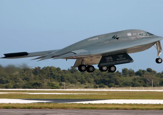 Bombardeiro furtivo B-2 Spirit dos EUA