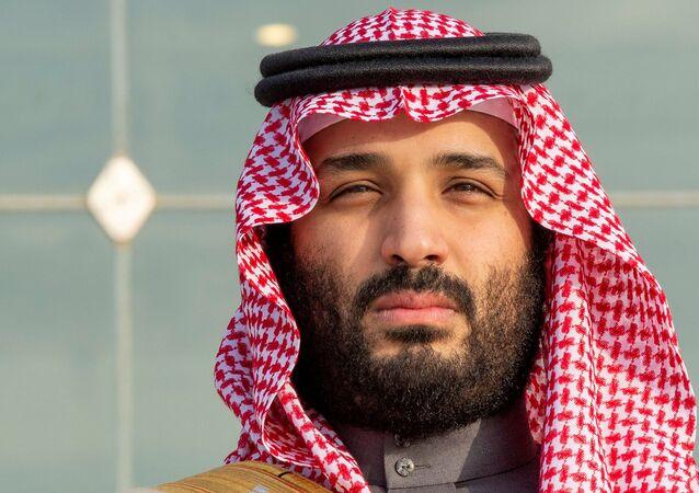 Príncipe herdeiro saudita, Mohammed bin Salman, durante cerimônia de graduação de cadetes em Riad, Arábia Saudita (foto de arquivo)