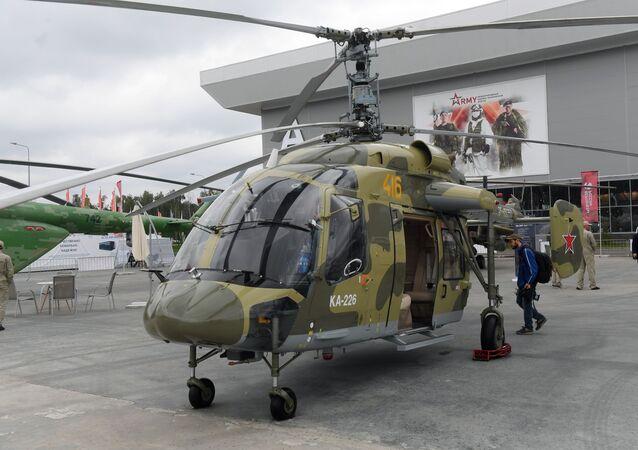 Helicóptero multifuncional russo KA-226