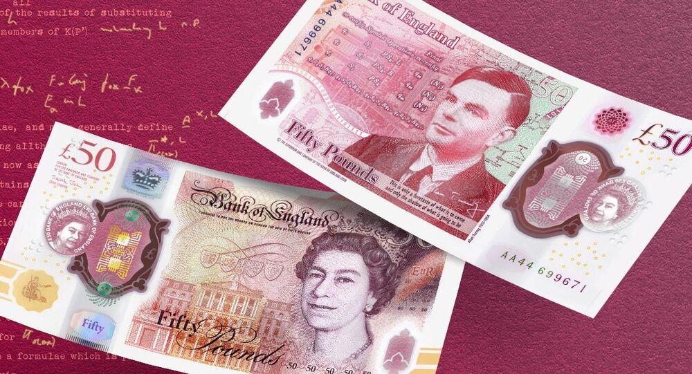 A nota cédula de 50 libras esterlinas traz a imagem de Alan Turing, que é considerado o pai da computação e ajudou a derrotar a Alemanha nazista na Segunda Guerra