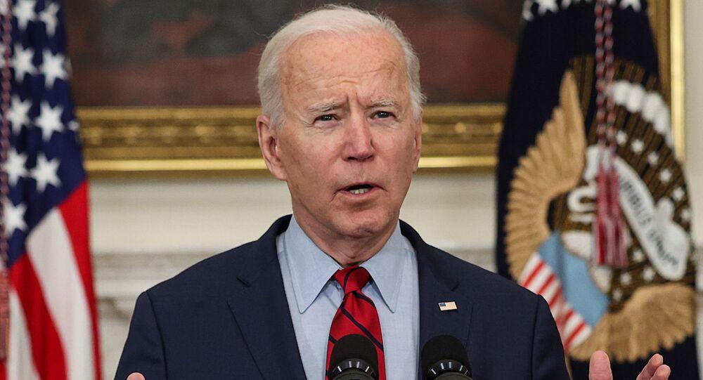 O presidente dos EUA, Joe Biden, fala na Casa Branca em Washington, EUA, em 23 de março de 2021