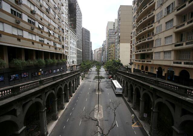 Vista da cidade de Porto Alegre, fazia em função das medidas de isolamento para conter a pandemia da COVID-19