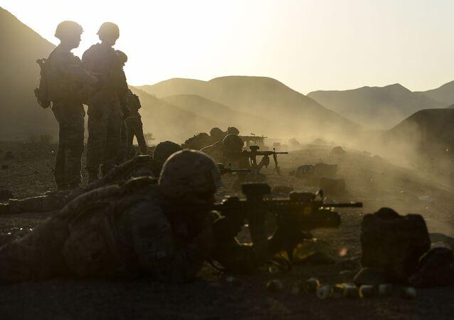 Militares do Exército dos EUA durante treinamento (imagem referencial)