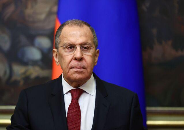 Ministro das Relações Exteriores da Rússia, Sergei Lavrov durante reunião em Moscou