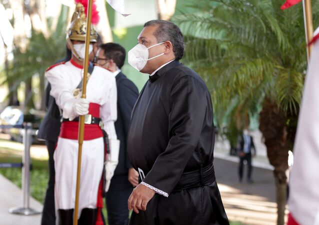 Em Brasília, o ministro do Supremo Tribunal Federal (STF), Kassio Nunes, chega ao STF para sua posse, em 21 de outubro de 2020