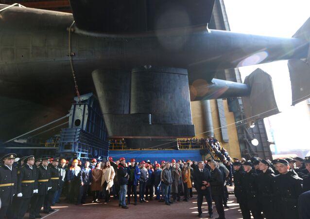 Cerimônia de lançamento do submarino russo Belgorod, em Severodvynsk, Rússia, em 23 de abril de 2019