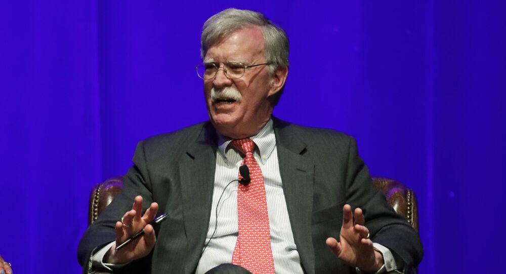 John Bolton, ex-conselheiro de segurança nacional, participa de discussão sobre liderança global na Universidade Vanderbilt em 19 de fevereiro de 2020, Nashville, Tennessee, EUA