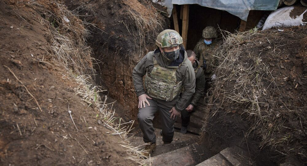 Presidente ucraniano Vladimir Zelensky visita a região de Donbass, 8 de abril de 2021