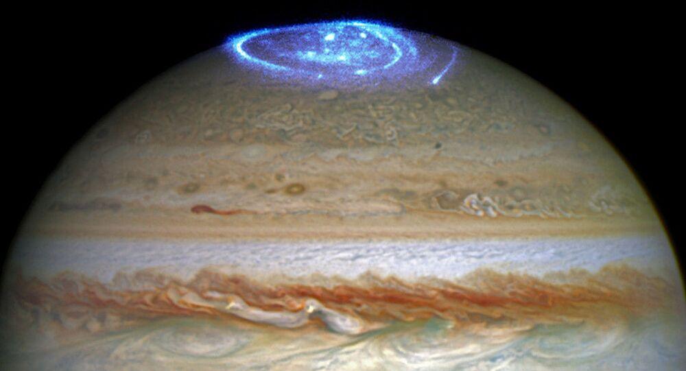 Aurora polar em Júpiter