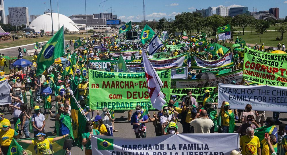 Ato pró-Bolsonaro: pauta do voto impresso é 'narrativa para contestar  2022', diz especialista - Sputnik Brasil
