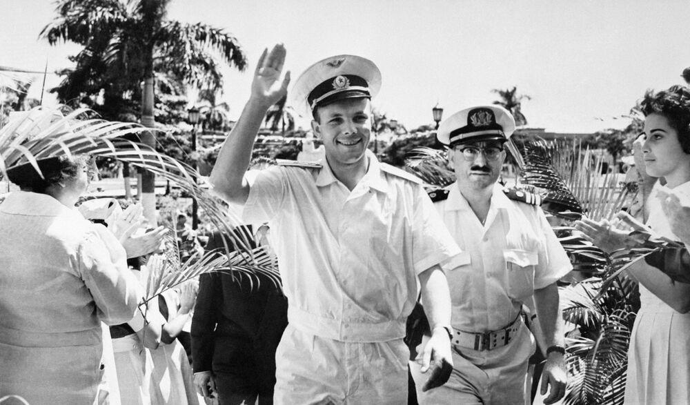 Cosmonauta da URSS, Yuri Gagarin em Cuba a convite pessoal do chefe do governo cubano Fidel Castro, 1961