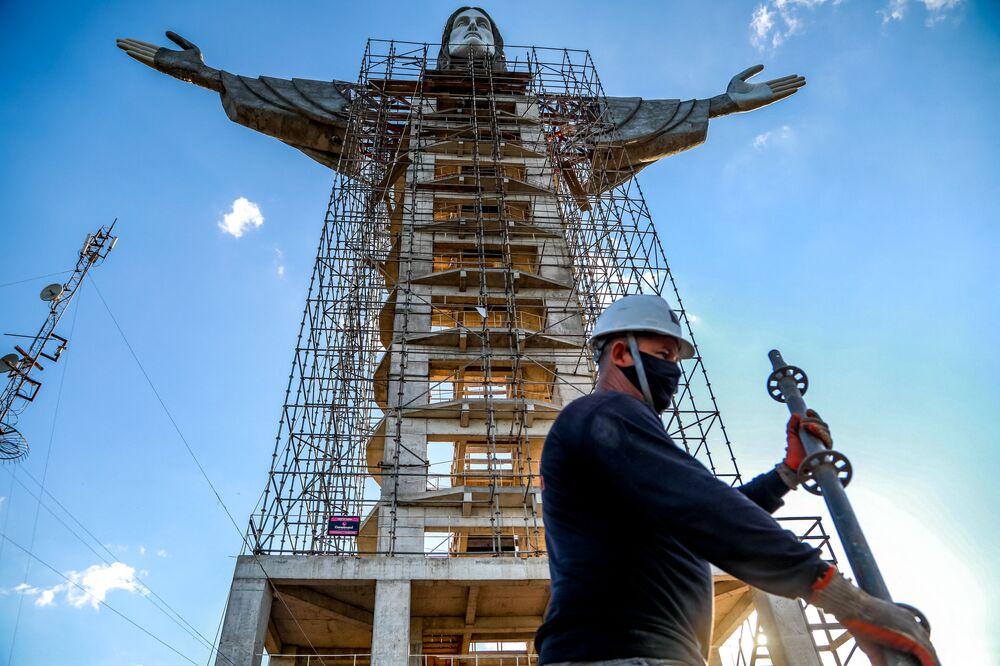 A estátua Cristo Protetor será maior do que a estátua Cristo Redentor, do Rio de Janeiro