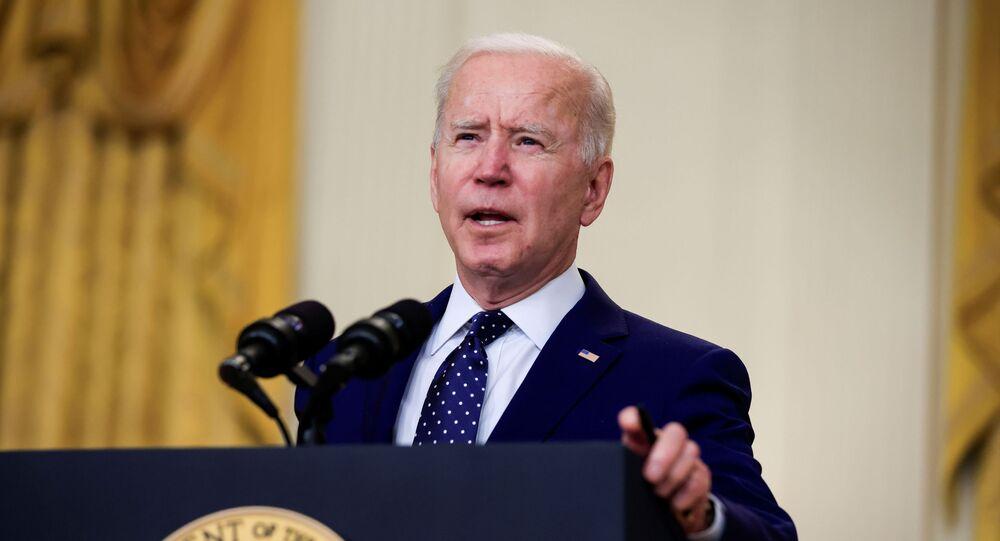 O presidente dos EUA, Joe Biden, explica sanções contra a Rússia na Casa Branca, em Washington, nos EUA, no dia 15 de abril de 2021