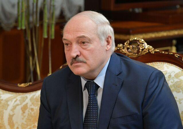 Em Minsk, capital da Bielorrússia, o presidente bielorrusso participa de encontro com o primeiro-ministro da Rússia, Mikhail Mishustin, em 16 de abril de 2021