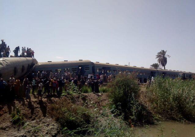 Colisão de trens no Egito em março de 2021 (imagem referencial)