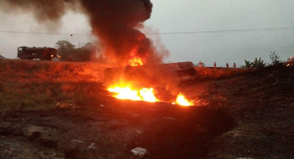 Explosão de caminhão-tanque na Nigéria (foto de arquivo)