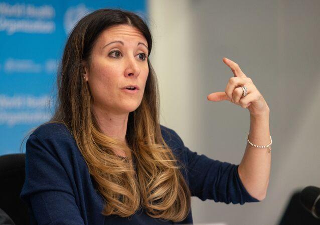 A diretora técnica da resposta da Organização Mundial de Saúde (OMS) à pandemia da COVID-19, Maria Van Kerkhove, durante pronunciamento.