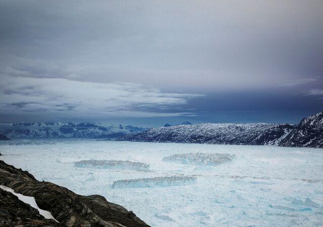 Na Groenlândia, o colapso de uma geleira mostra a força do impacto climático  (foto de arquivo)
