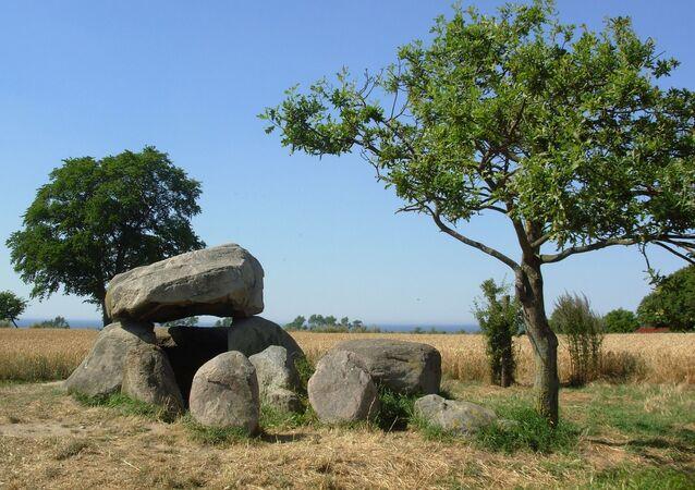 Tumba da Idade do Bronze (imagem referencial)