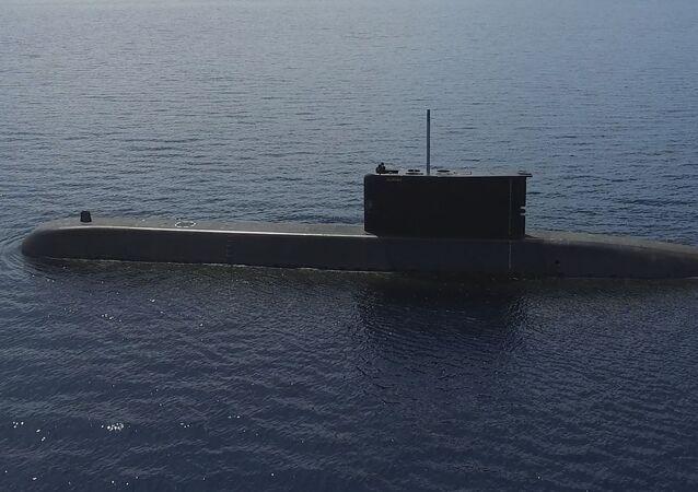 Submarino Alugoro-405 da Indonésia