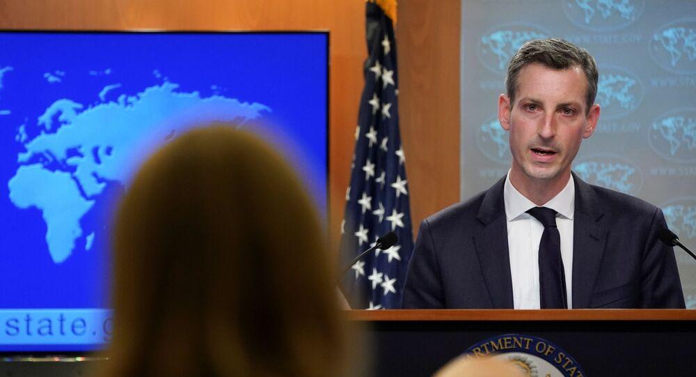 O porta-voz do Departamento de Estado dos EUA, Ned Price, durante coletiva de imprensa em Washington