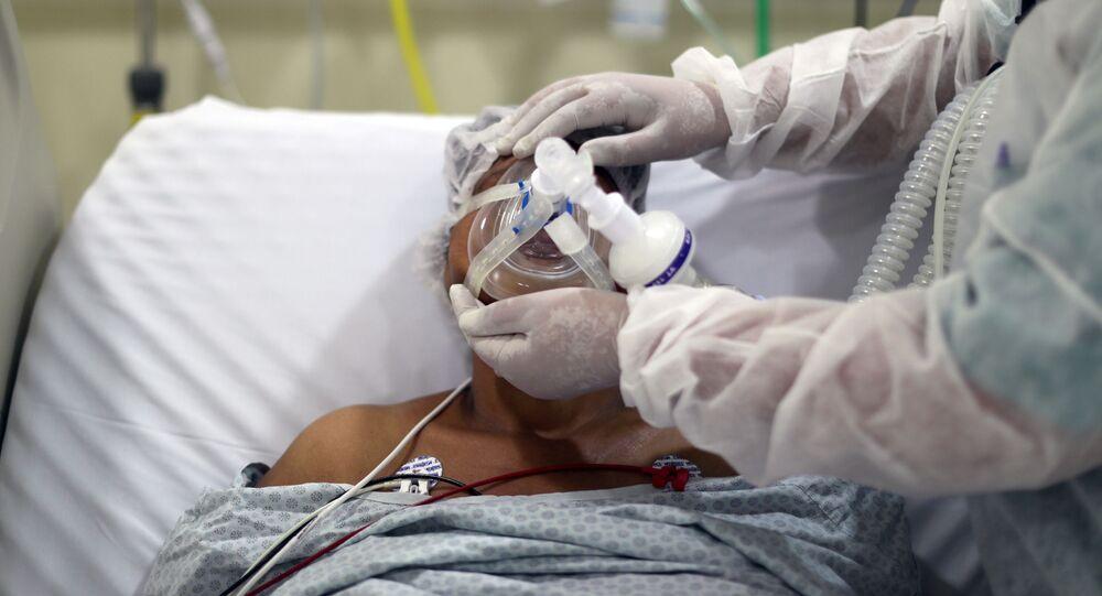 Paciente com COVID-19 em hospital de São Paulo.