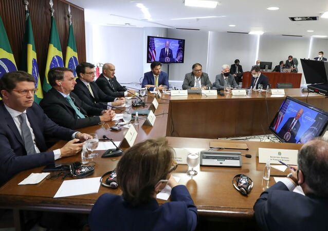 O presidente Jair Bolsonaro participa da Cúpula do Clima por vídeo em Brasília