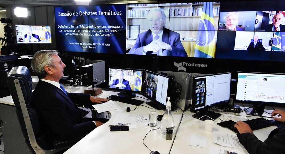 O ministro da Economia, Paulo Guedes, participa de sessão no Senado Federal sobre os 30 anos do Mercosul.