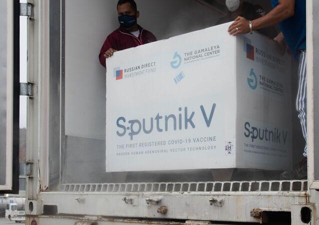 Lote de Sputnik V chega a Caracas, na Venezuela, no dia 29 de março de 2021
