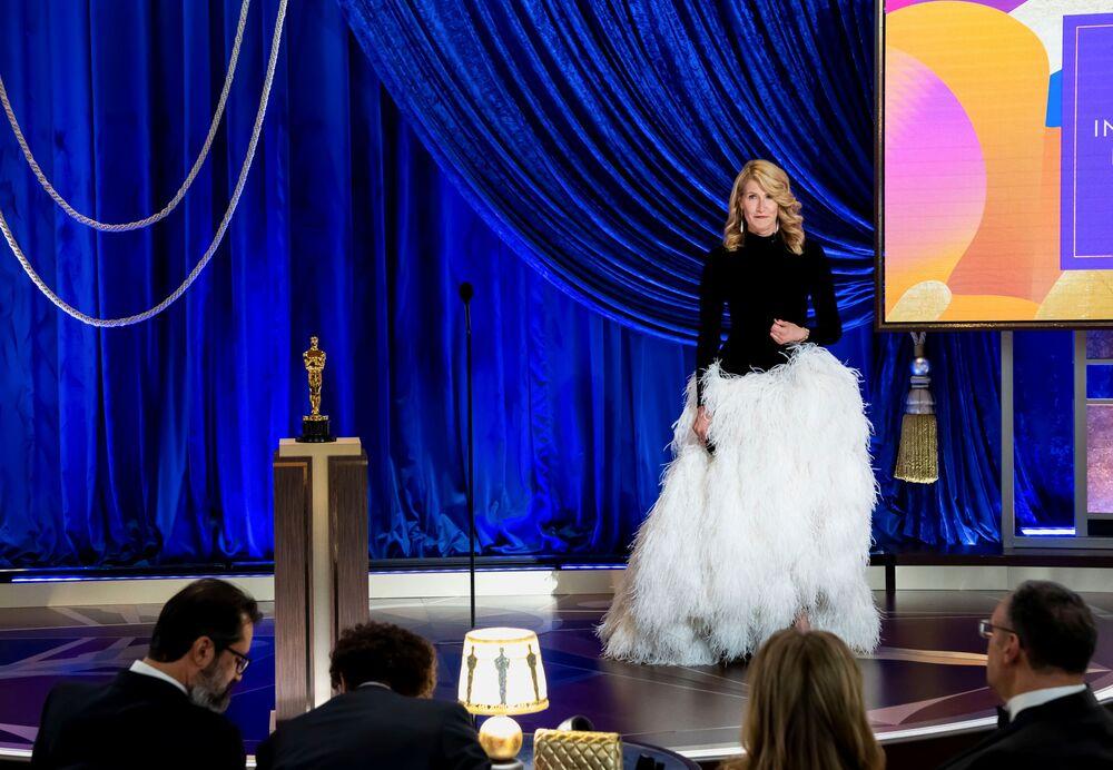 Atriz Laura Dern na 93ª cerimônia de premiação do Oscar em Los Angeles