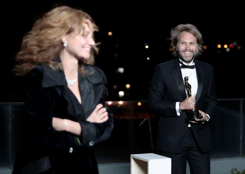 Florian Zeller ganha prêmio de melhor roteiro adaptado pelo filme Meu pai