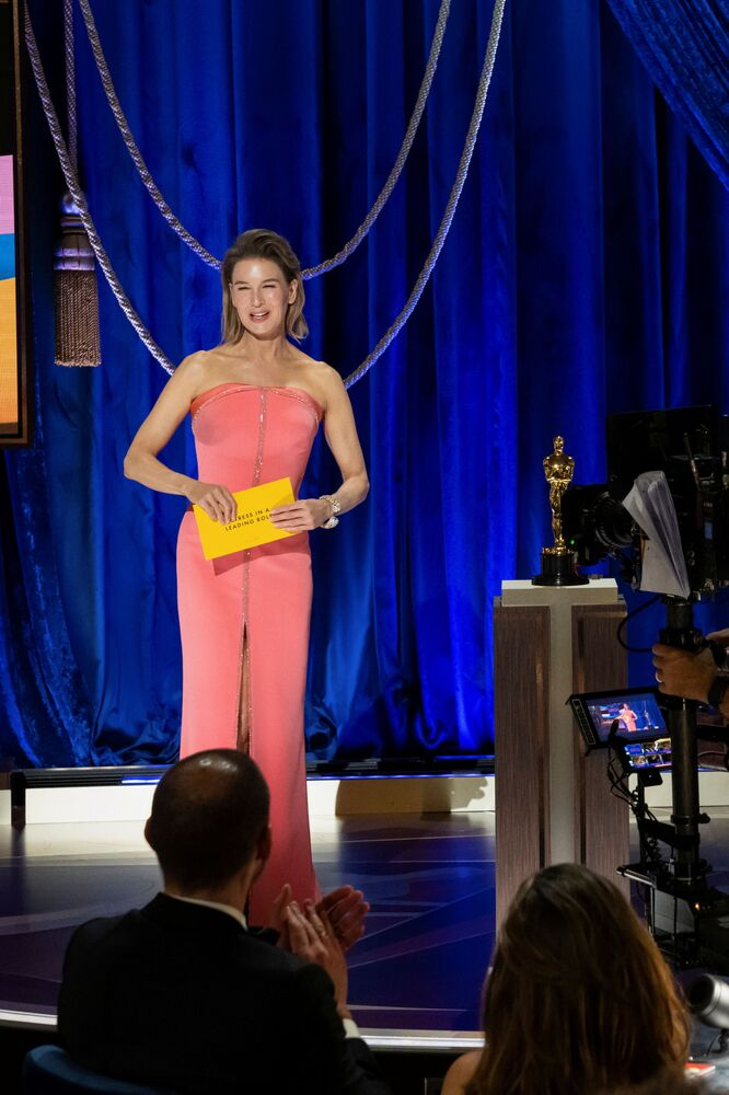Atriz Renee Zellweger na 93ª cerimônia de premiação do Oscar em Los Angeles