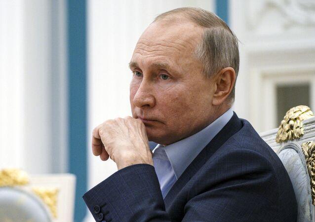Presidente russo, Vladmir Putin, durante reunião no Kremlin, Moscou, 4 de março de 2021
