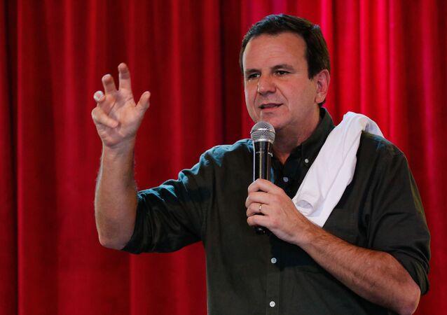 O prefeito do Rio de Janeiro, Eduardo Paes (DEM), participa de coletiva de imprensa.